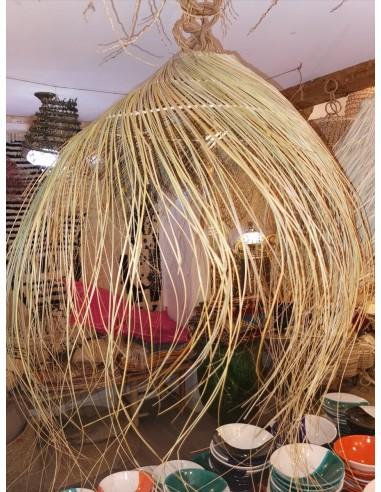 Suspension en fil de palmier