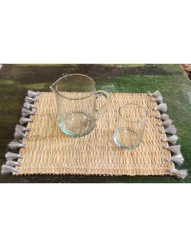 Set de table en osier avec pompon